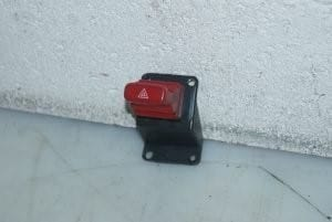 Hazard Light Switch – Alfa Romeo 916 GTV Spider 1995-1998